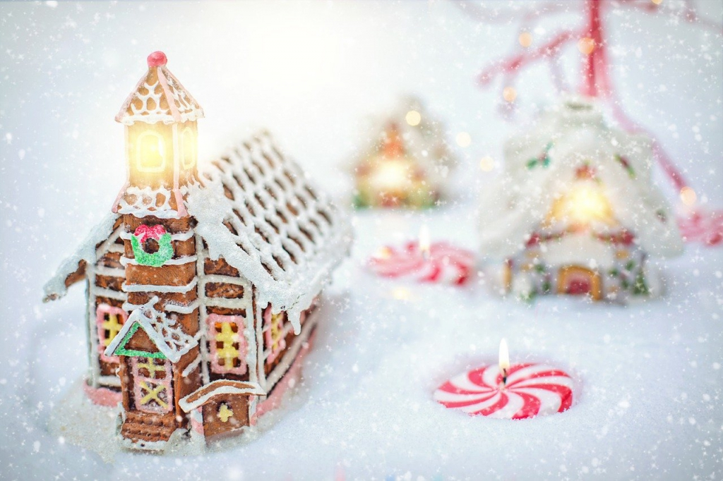 gingerbread-house-4630647_1280.jpg